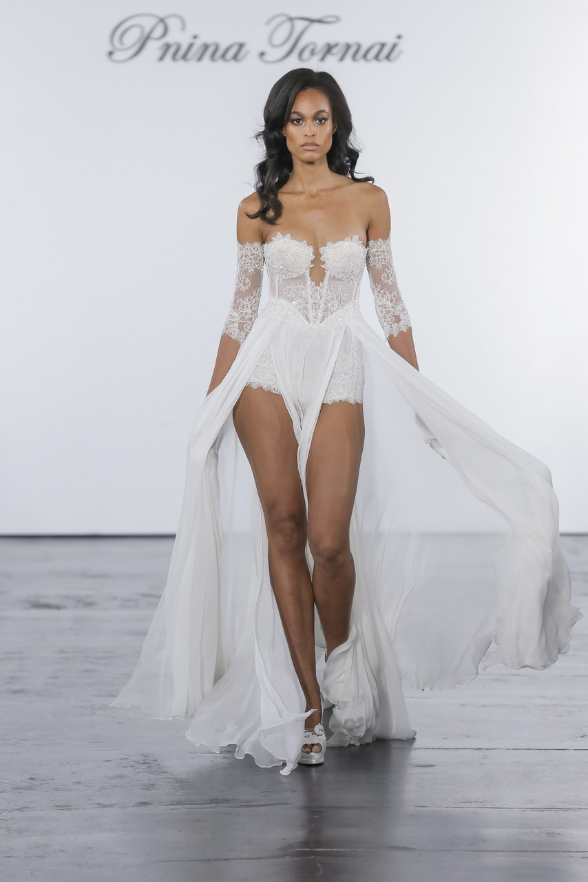 pnina-tornai-for-kleinfeld-wedding-dresses-fall-2018-005