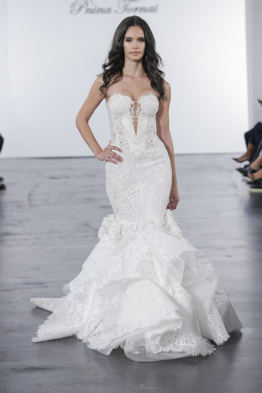 pnina-tornai-for-kleinfeld-wedding-dresses-fall-2018-008