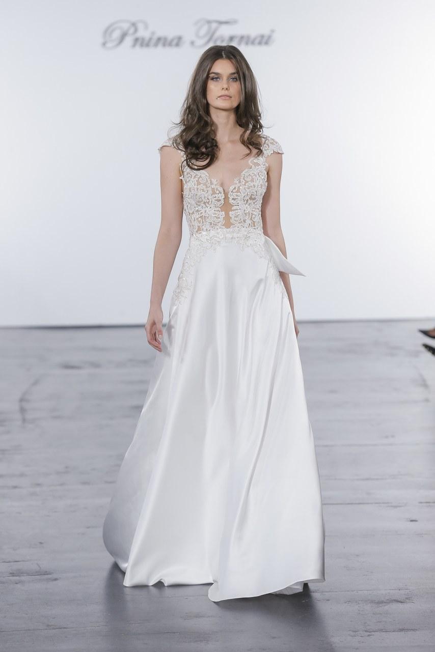 pnina-tornai-for-kleinfeld-wedding-dresses-fall-2018-015