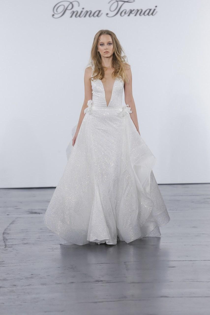 pnina-tornai-for-kleinfeld-wedding-dresses-fall-2018-016