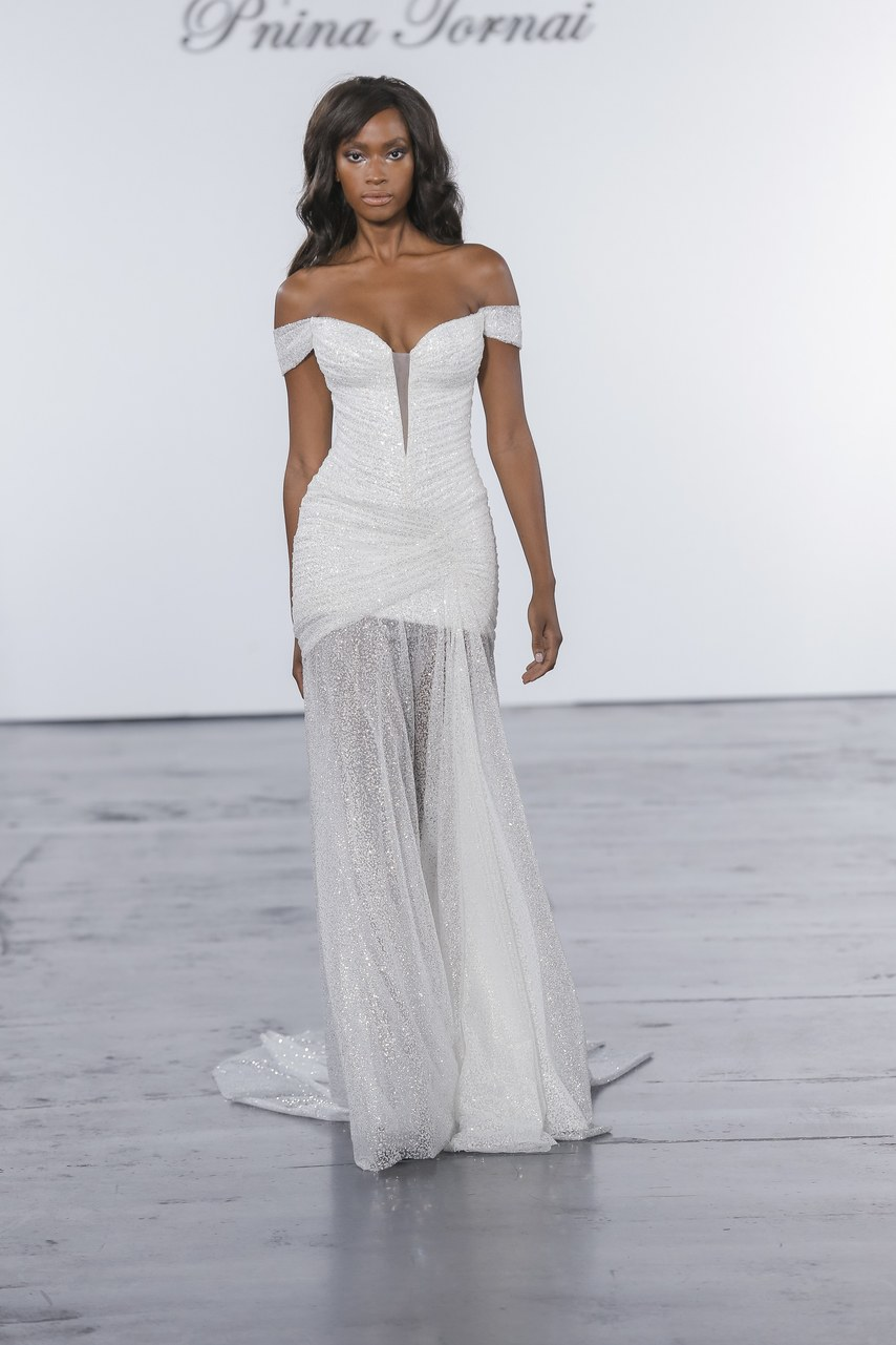 pnina-tornai-for-kleinfeld-wedding-dresses-fall-2018-017