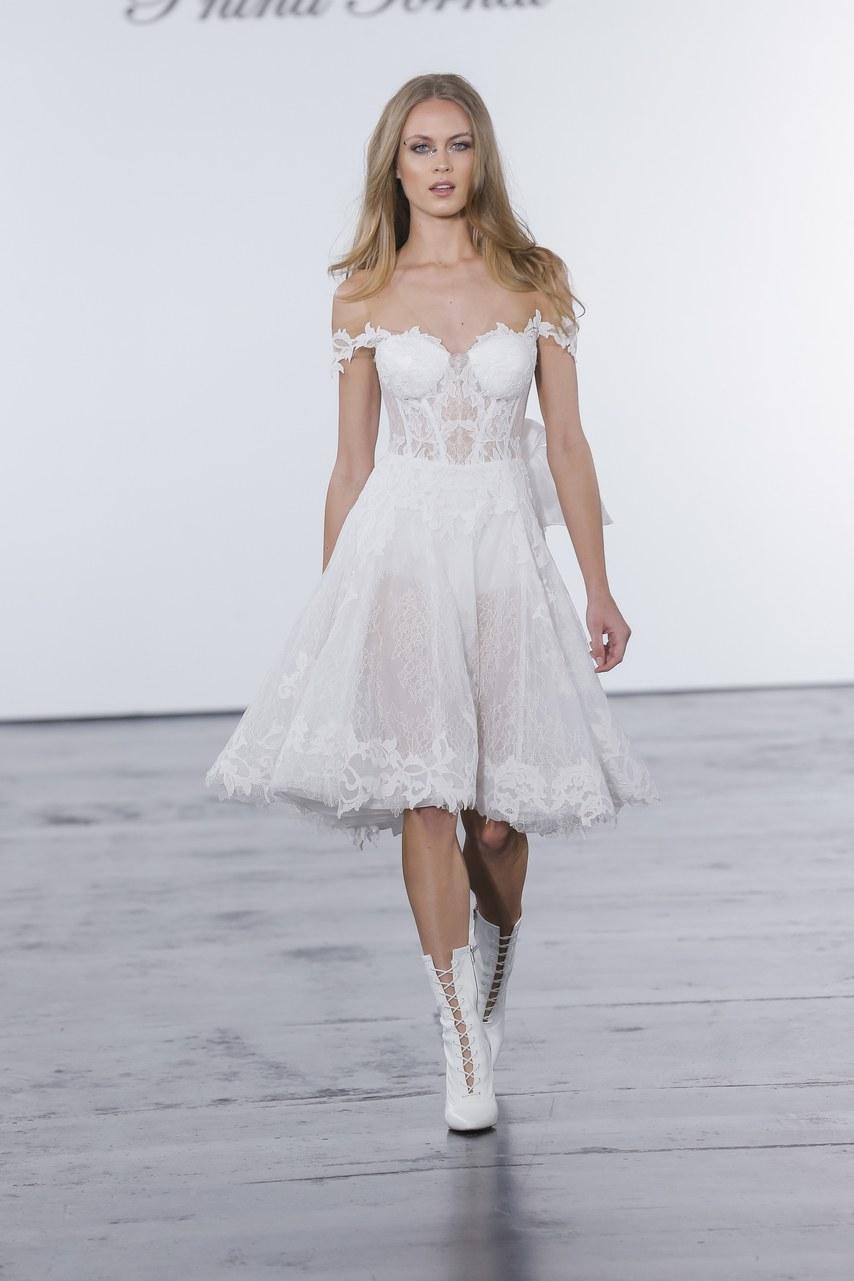 pnina-tornai-for-kleinfeld-wedding-dresses-fall-2018-018