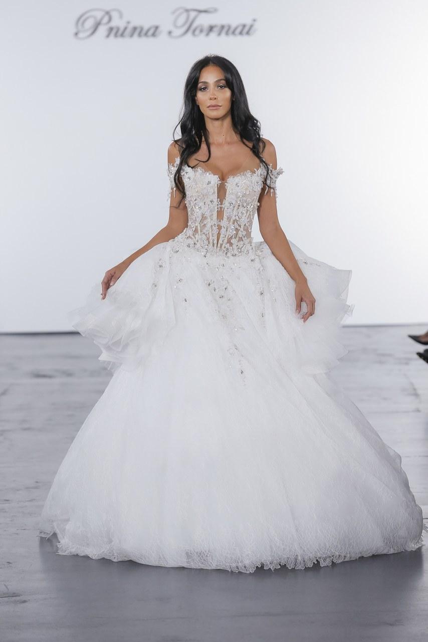pnina-tornai-for-kleinfeld-wedding-dresses-fall-2018-023