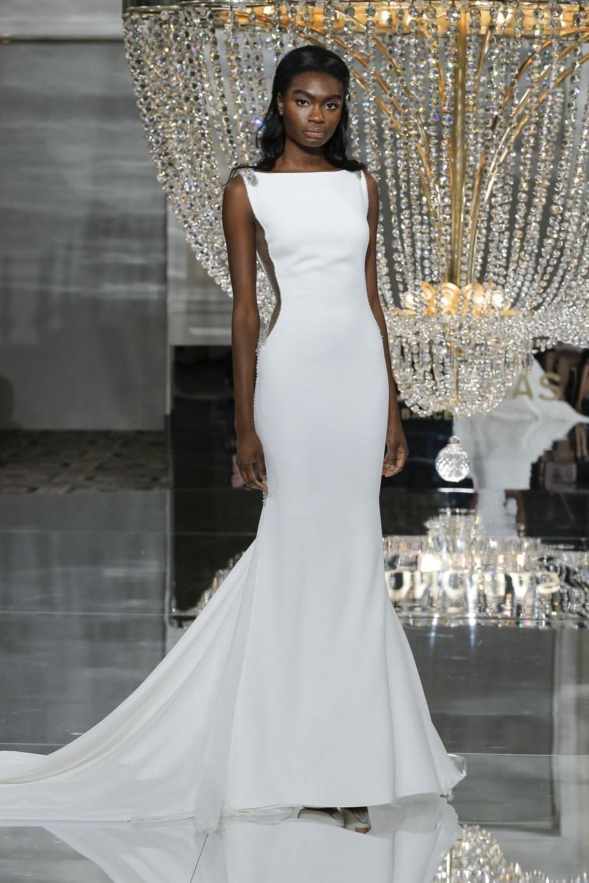pronovias-wedding-dresses-fall-2018-012