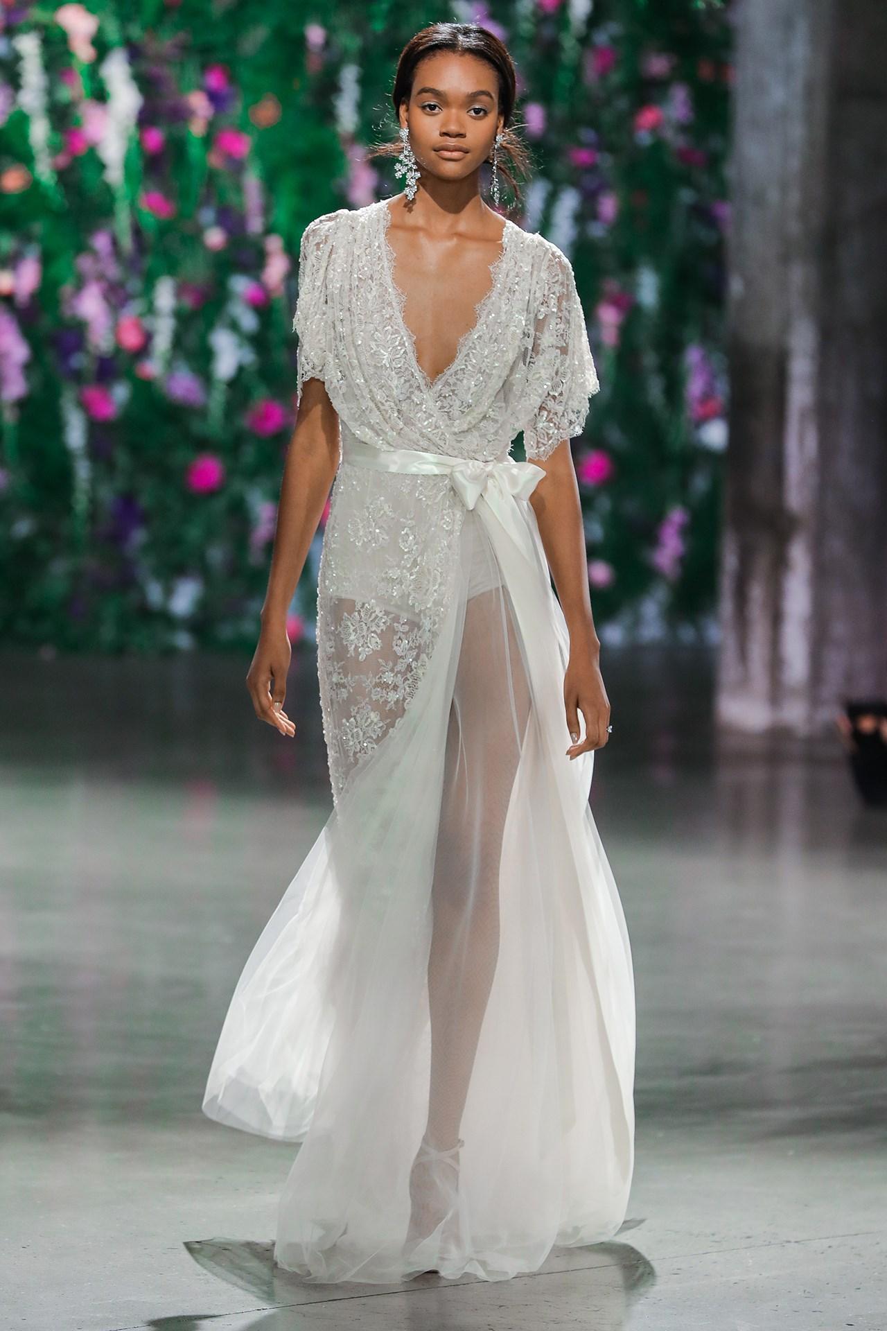 tendencia-vestido-noiva-2018-tranparencia-Galia Lahav