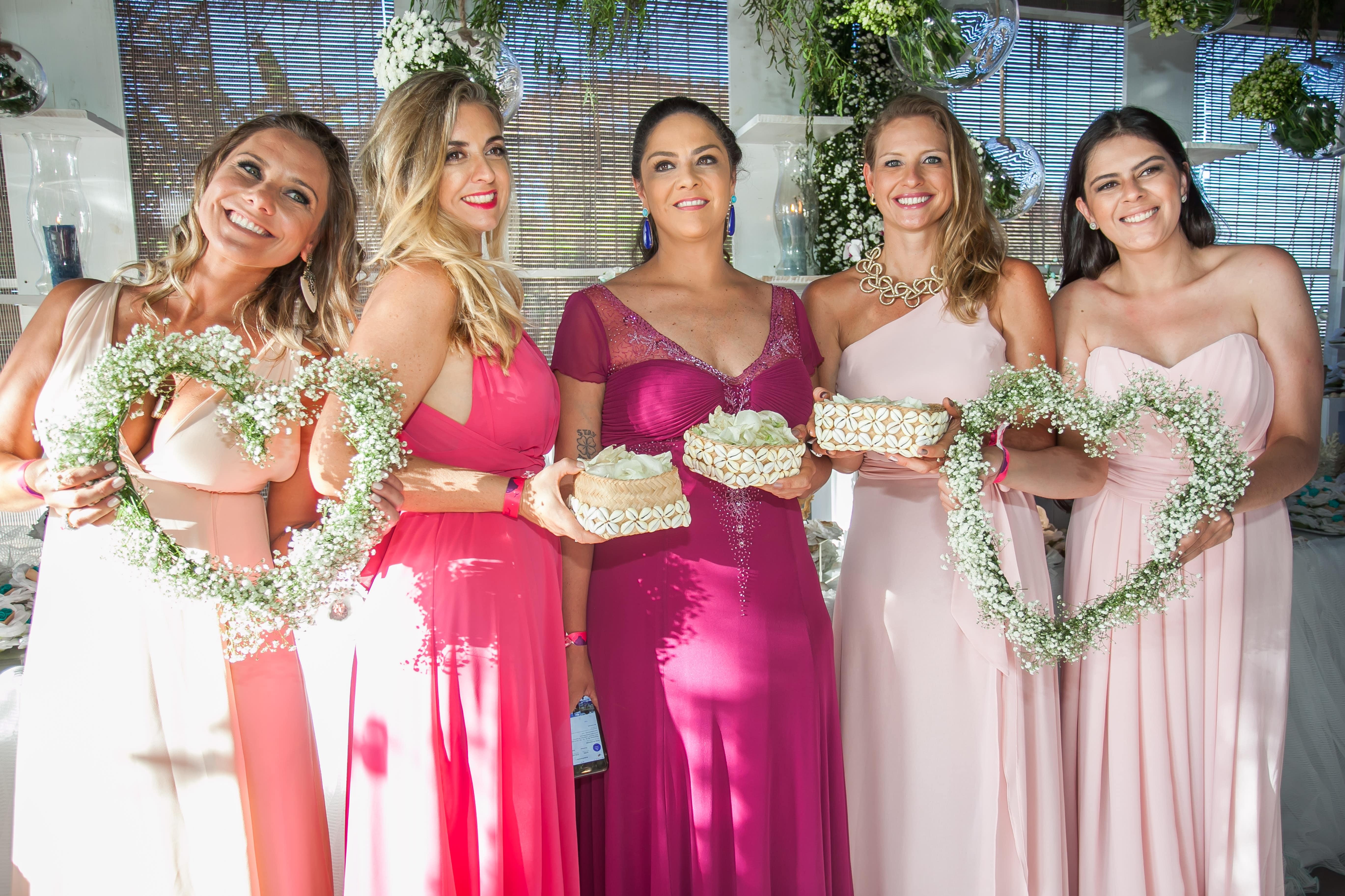 4 Paula Alvim, Renata Esbrolio, Jaqueline Sant Anna Pegoraro, Karen Jaconi e Luisa Pinto Coelho-min