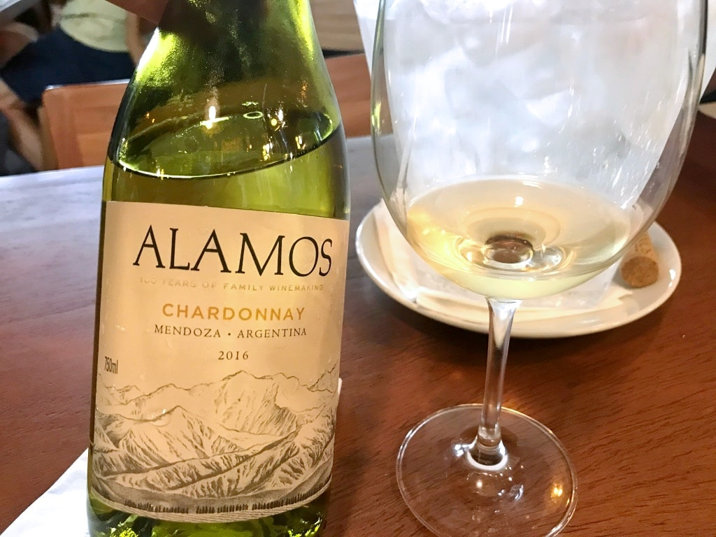 Alamos Chardonnay: um vinho perfeito para servir no seu casamento