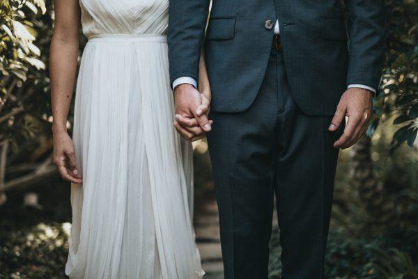 As roupas também são preparativos para casamento