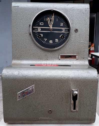 9de94670a08 Antigo Relógio De Ponto Tagus Mesa E Parede Retro Vintage
