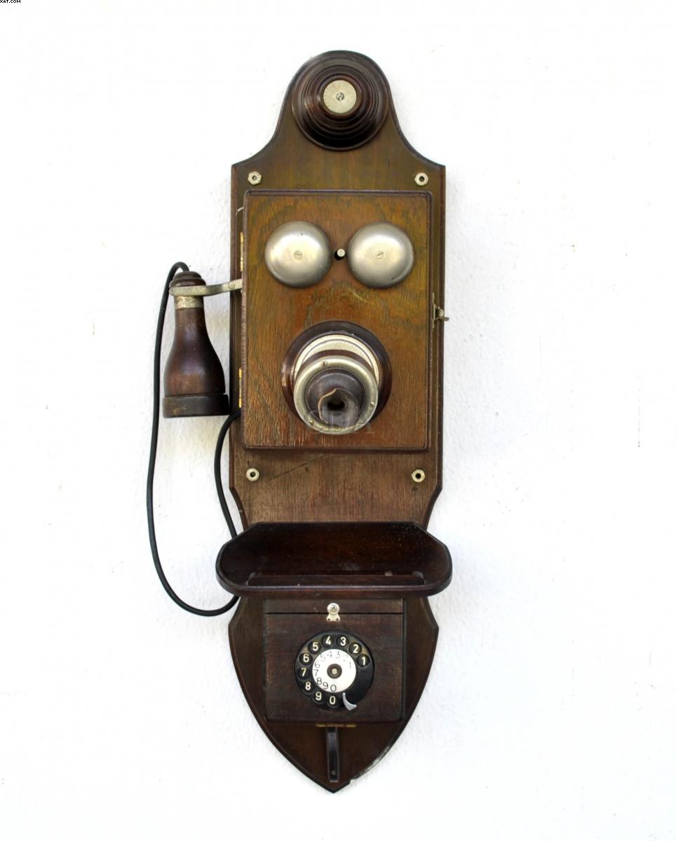 Antigo telefone  -