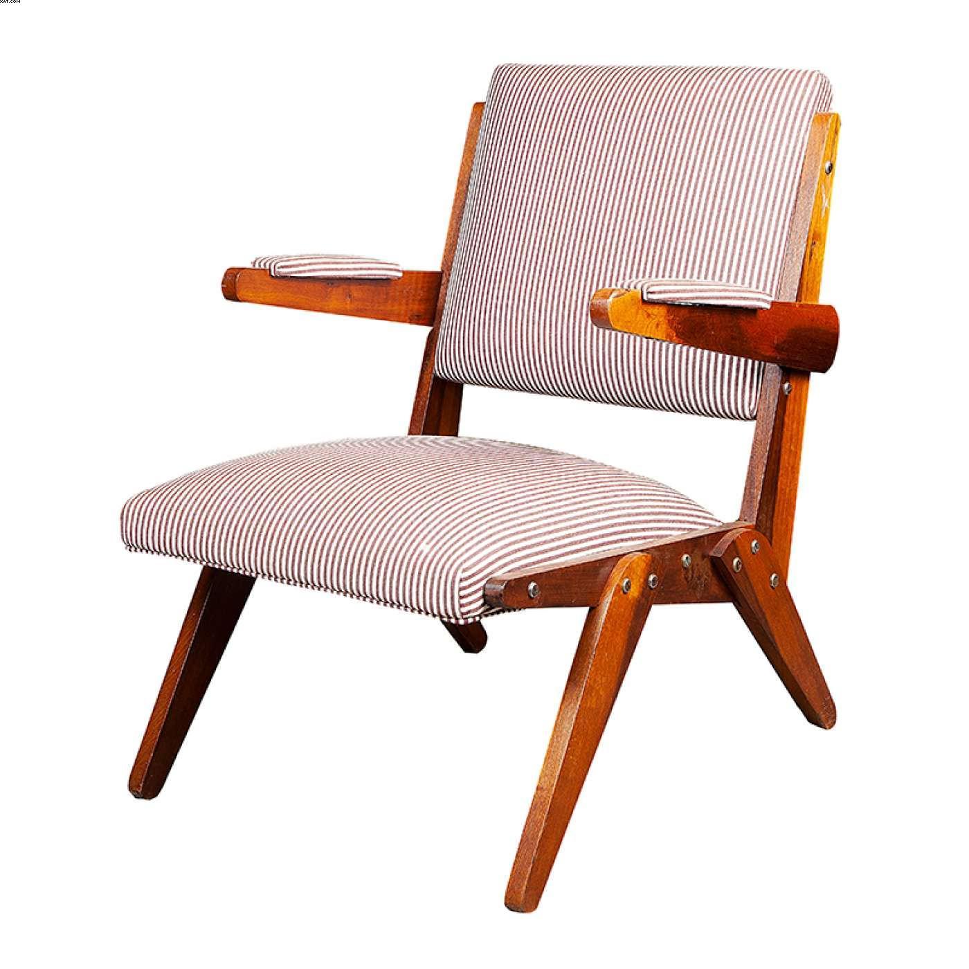 Cadeira com braço em madeira - Jose Zanine  Caldas