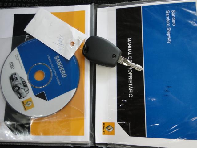 SANDERO EXPRESSION 1.6 - 2011/2011 - VERMELHA 15