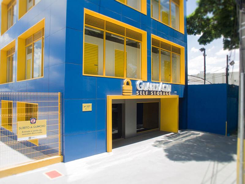 Fotografia da fachada do GuardeAqui Unidade Limão
