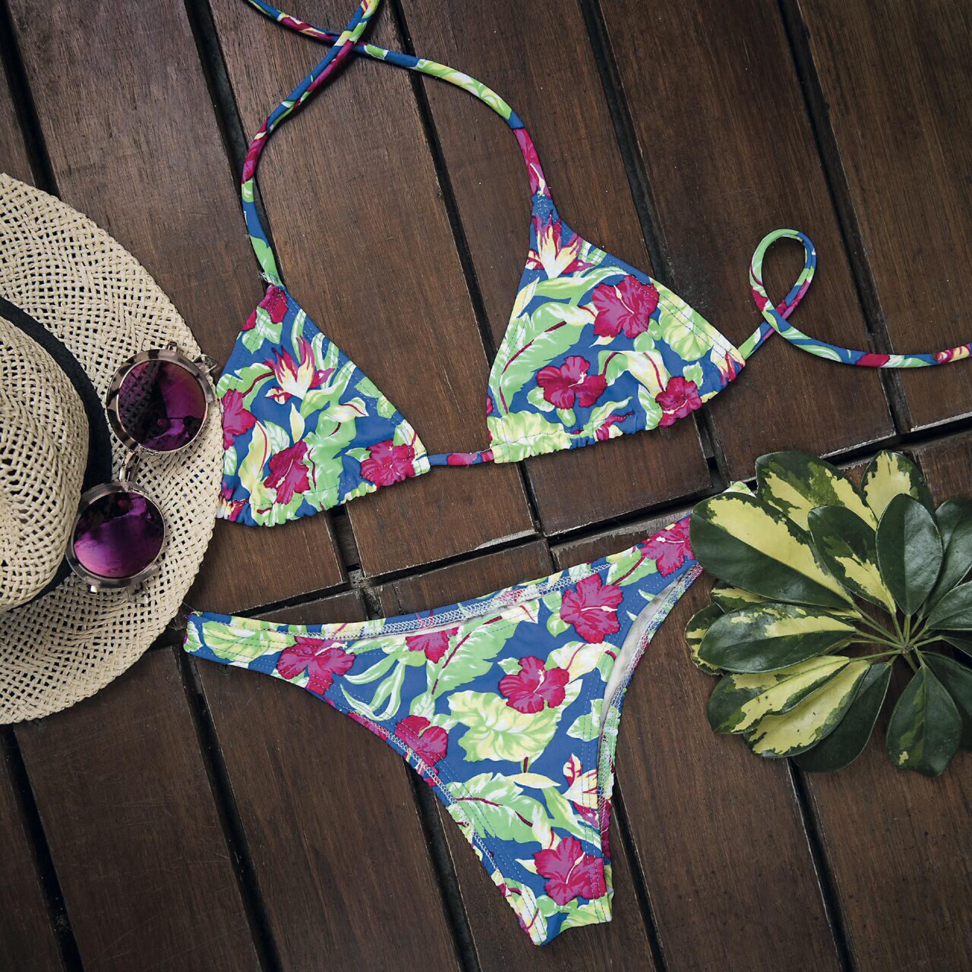 """""""Para nosotras, los momentos más felices son con una bikini puesta""""."""