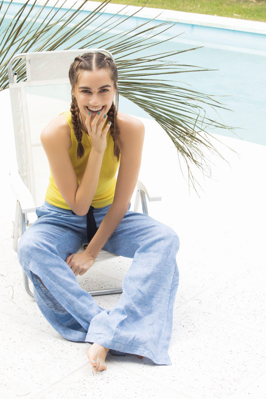Top tejido (Cher) y pantalón ($ 2.900, Allô Martínez). Foto Fernando Venegas