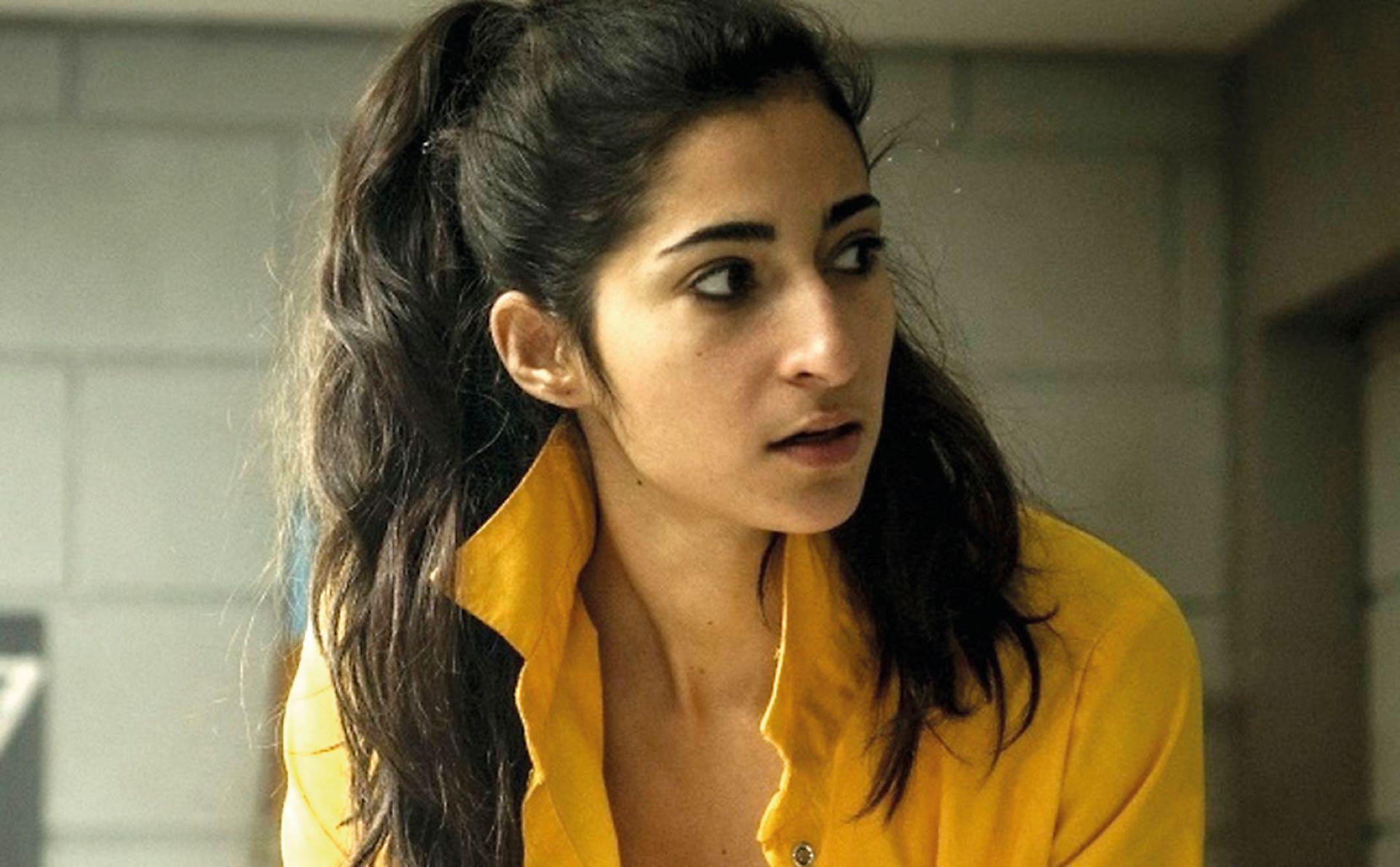 Es la protagonista de la serie Vis a vis que empezó en 2015 y de la cual se está filmando la tercera temporada