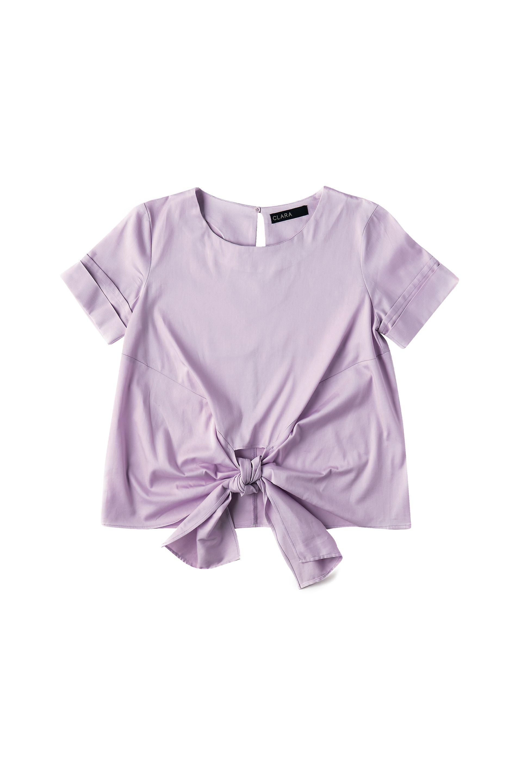 Blusa con nudo ($ 925, Clara Ibarguren).