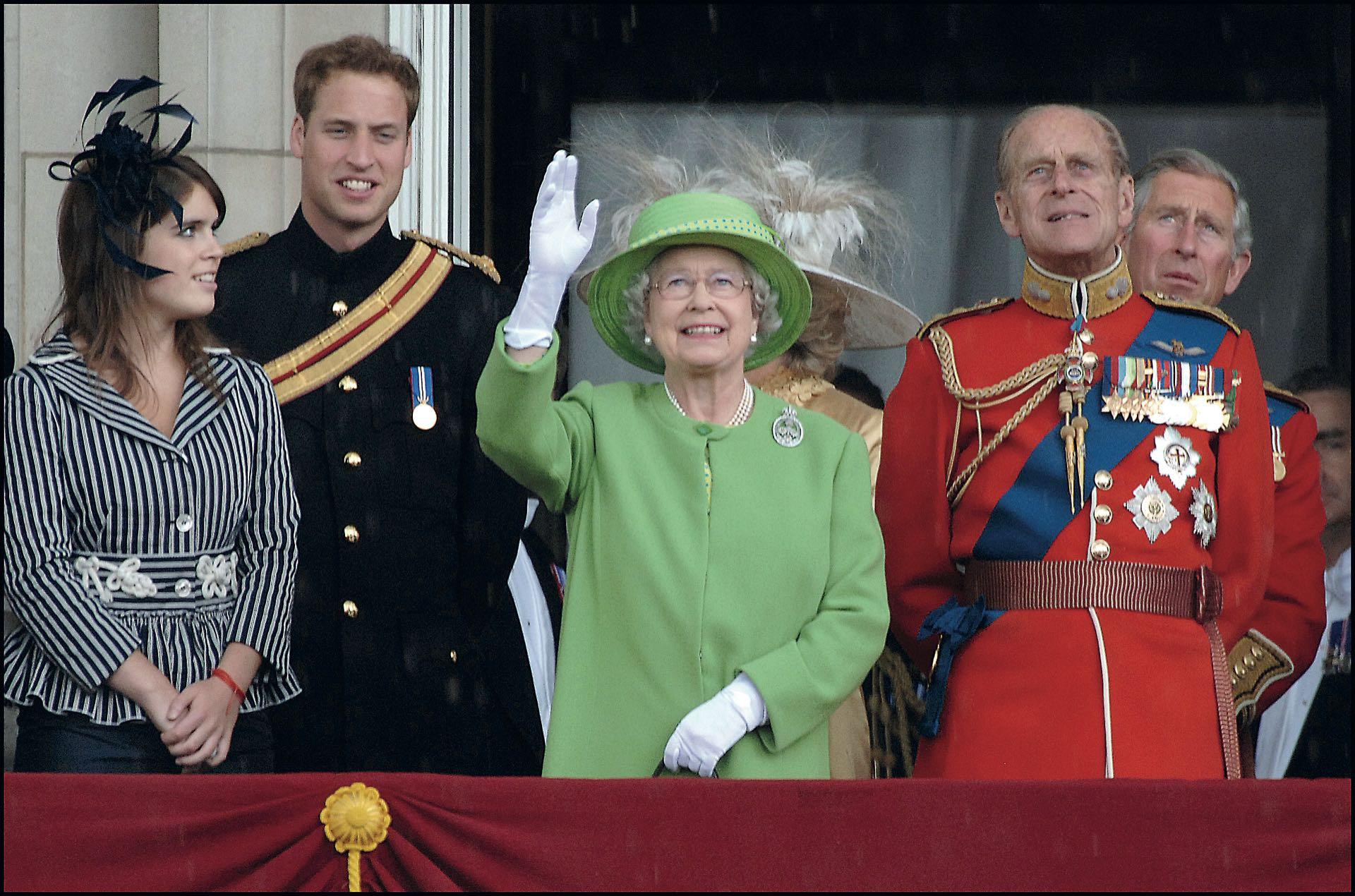 Felipe de Edimburgo, príncipe consorte del Reino Unido junto a la reina Isabel II. El año pasado Felipe se retiró de la vida pública. Tuvieron cuatro hijos: Carlos, Ana, Andrés y Eduardo.