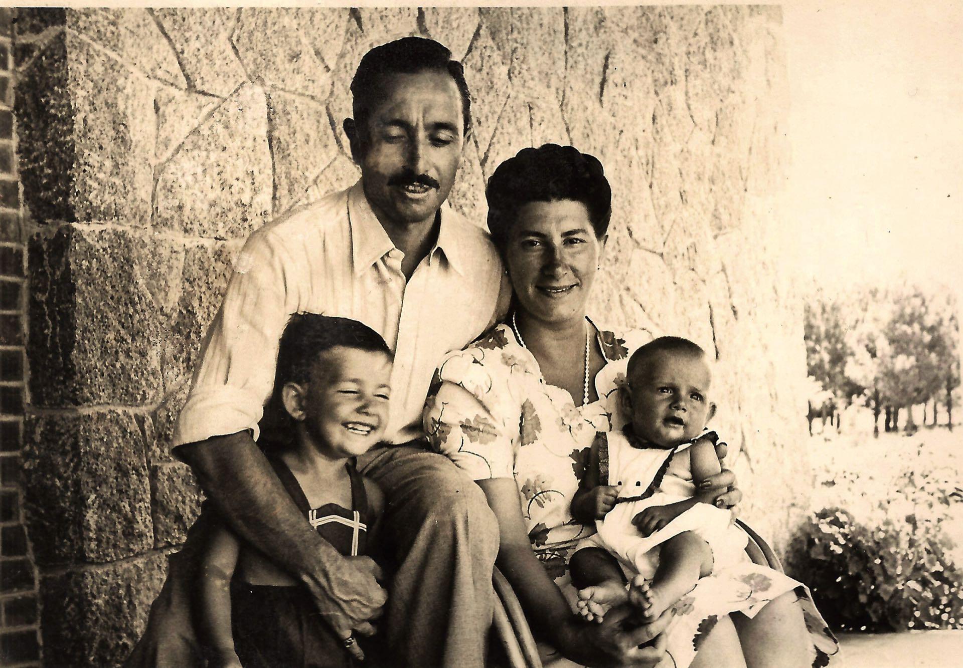# PARA TI - 104 AÑOS - Family en Carrasco - GENTILEZA FAMILIA - 20180302