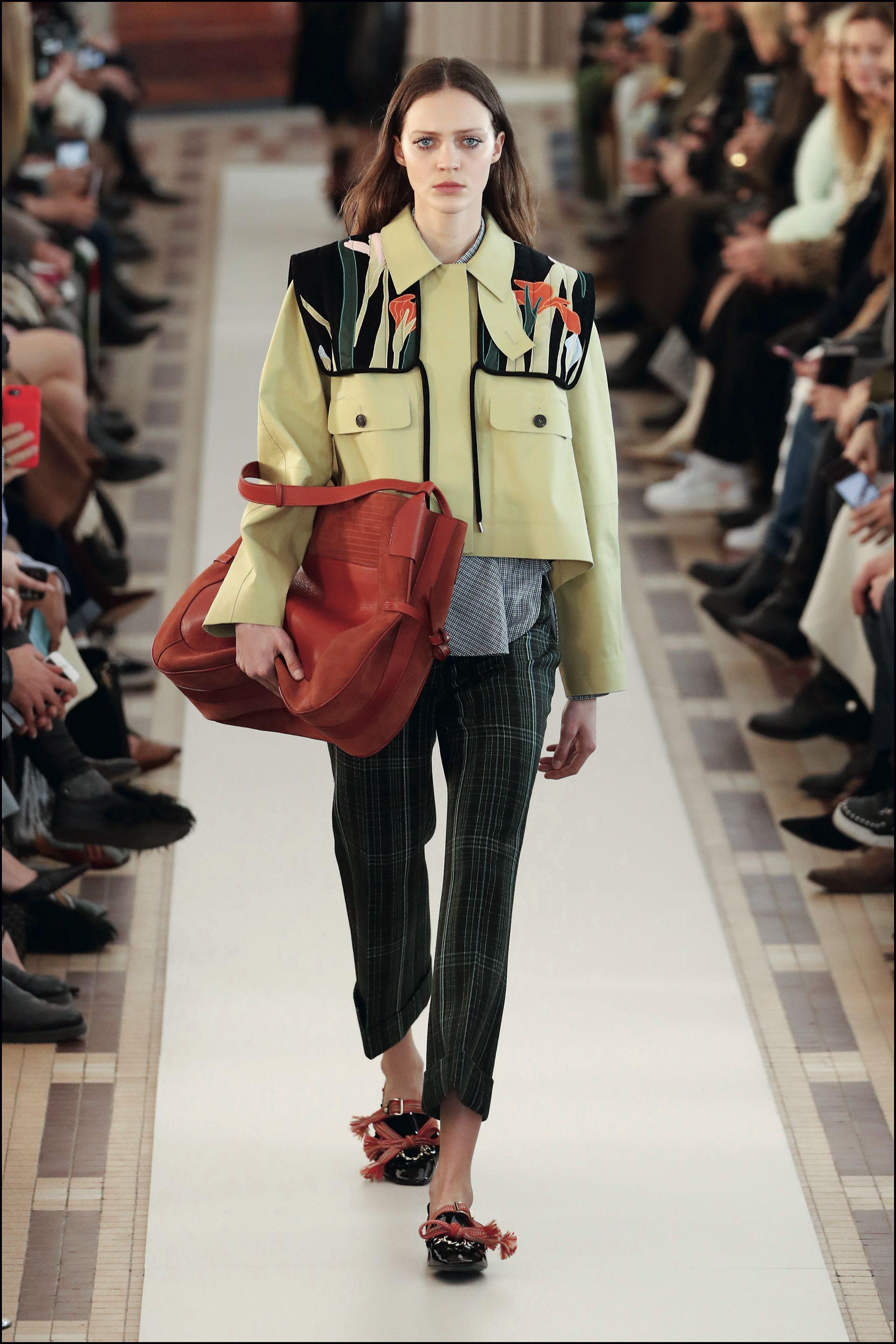 Hubouna selección de ropa de abrigo de gran tamaño como sacada del placard masculino.