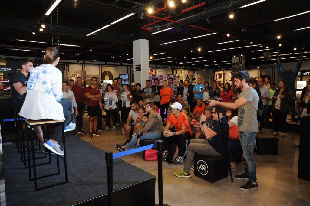 El Licenciado en nutrición, Diego Sívori y la nutricionista de la comunidad de adidas Runners, Karen Camera, compartieron tips e información sobre cómo alimentarse correctamente antes, durante y después de entrenar.