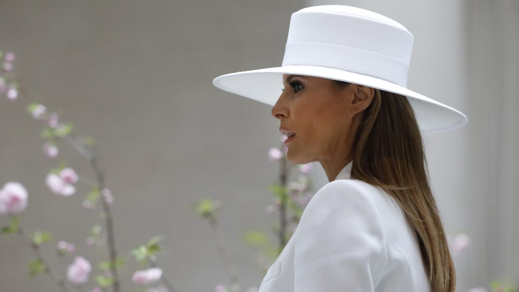 WASHINGTON, DC - April 24: First Lady Melania Trump tours the National Gallery of Art on April 24, 2018 in Washington, DC. President Donald Trump is hosting French President Emmanuel Macron for the first state visit of his presidency. Aaron P. Bernstein/Getty Images/AFP