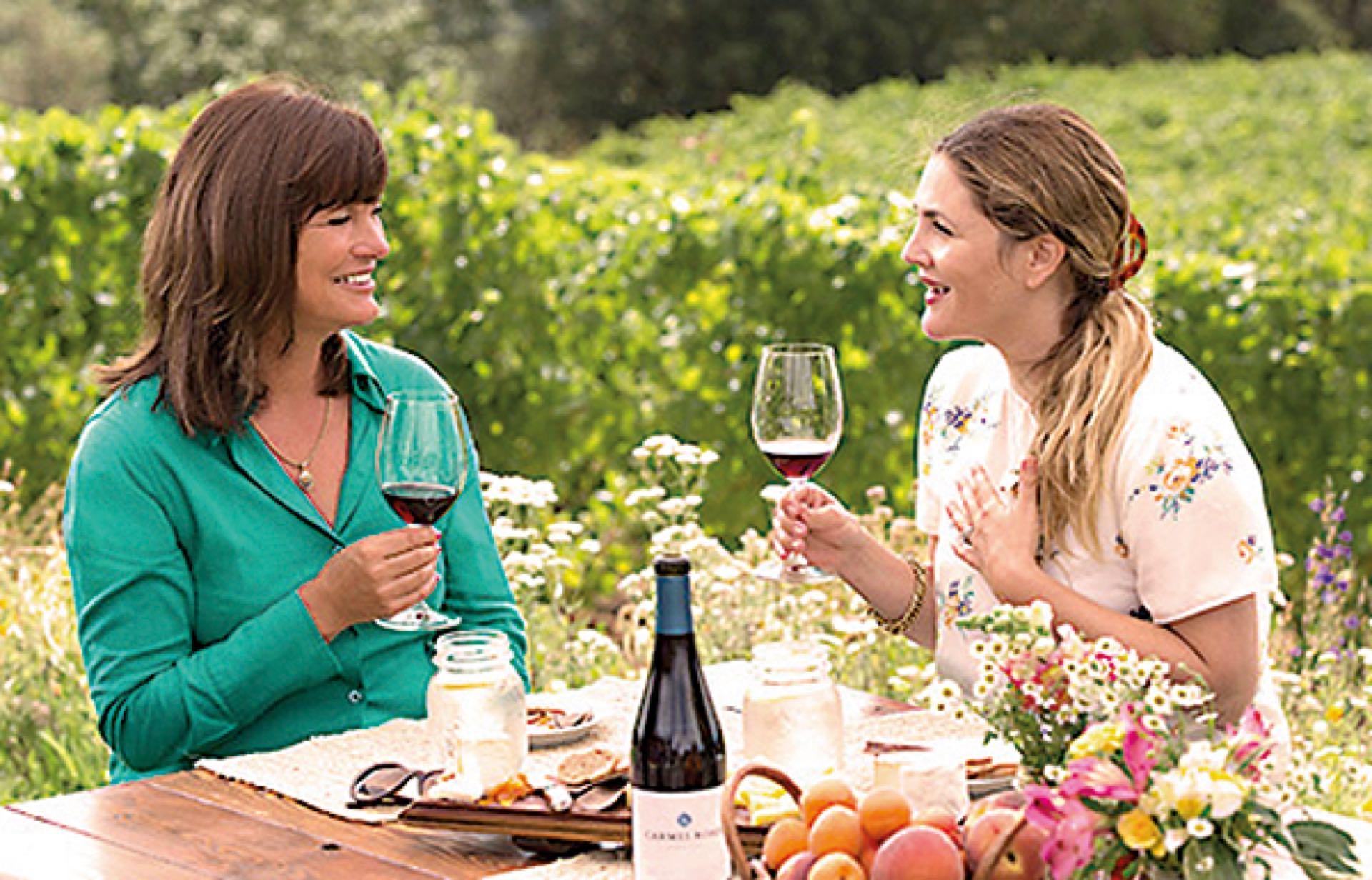 La actriz confesó que se enamoró del vino mientras lo bebía con sus amigas los domingos por la tarde y los miércoles por la noche.