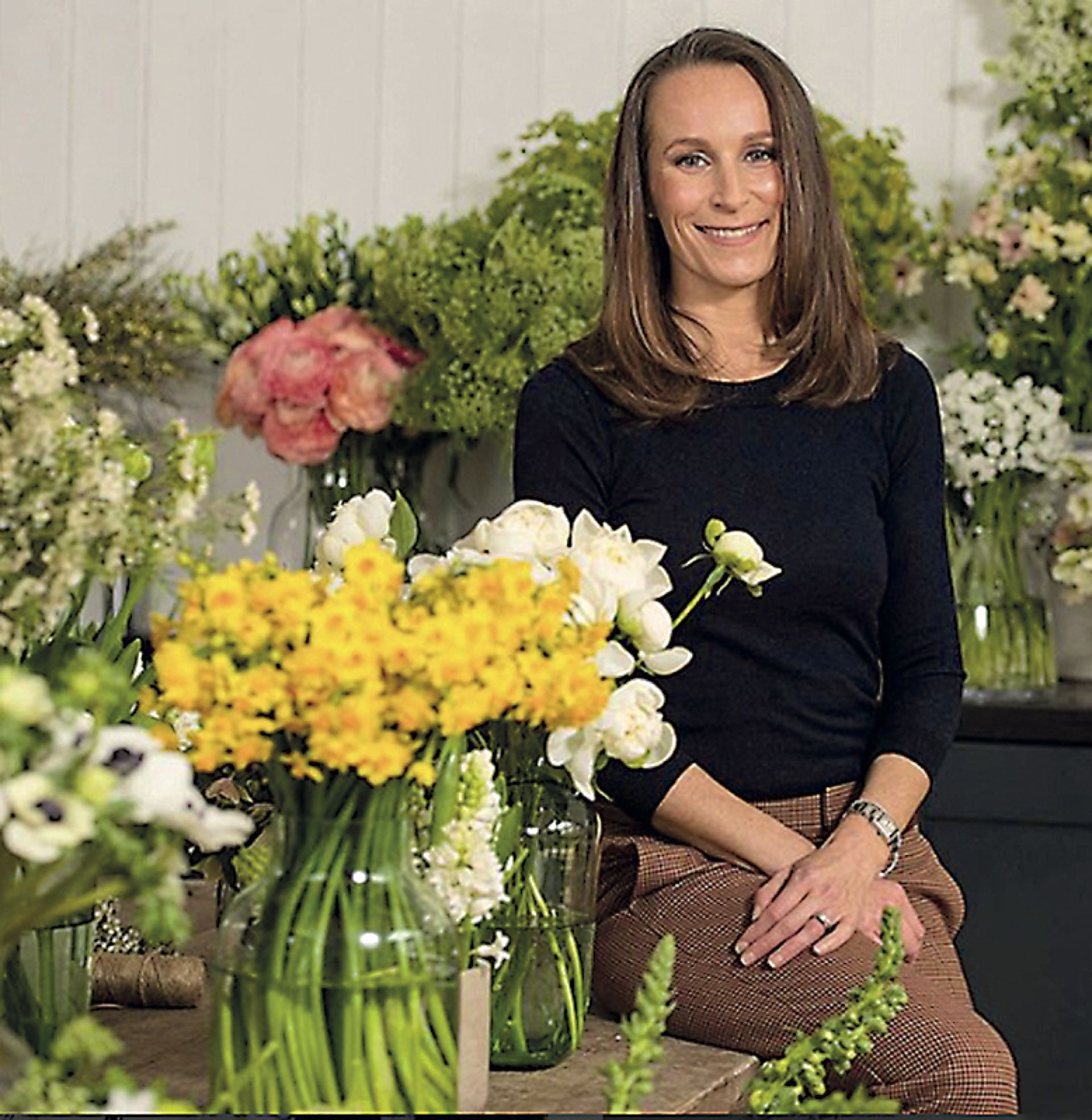 xArreglos florales. La florista Phillippa Craddock recurrirá a ramas de haya y abedul y a rosas blancas, peonías (las favoritas de la novia) y dedaleras.