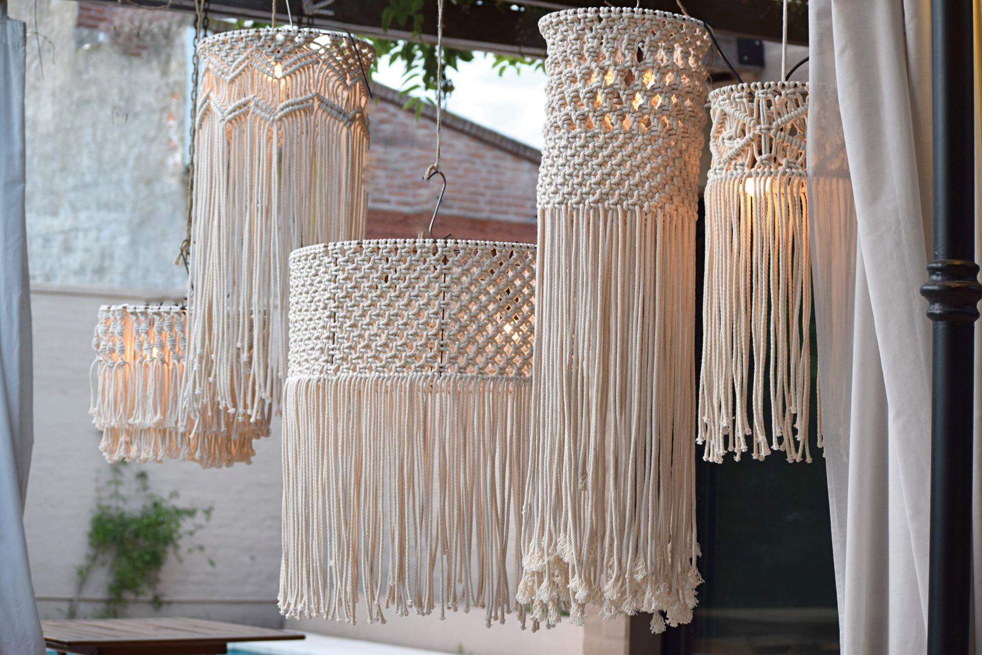 xDónde aprender Taller Macramé wall hanging, el 16/06 a las 16 en Cultura Balumba, Villa de Luján 755 Castelar y el 07/07, taller de lámpara colgante en macramé (@luci.macrame)