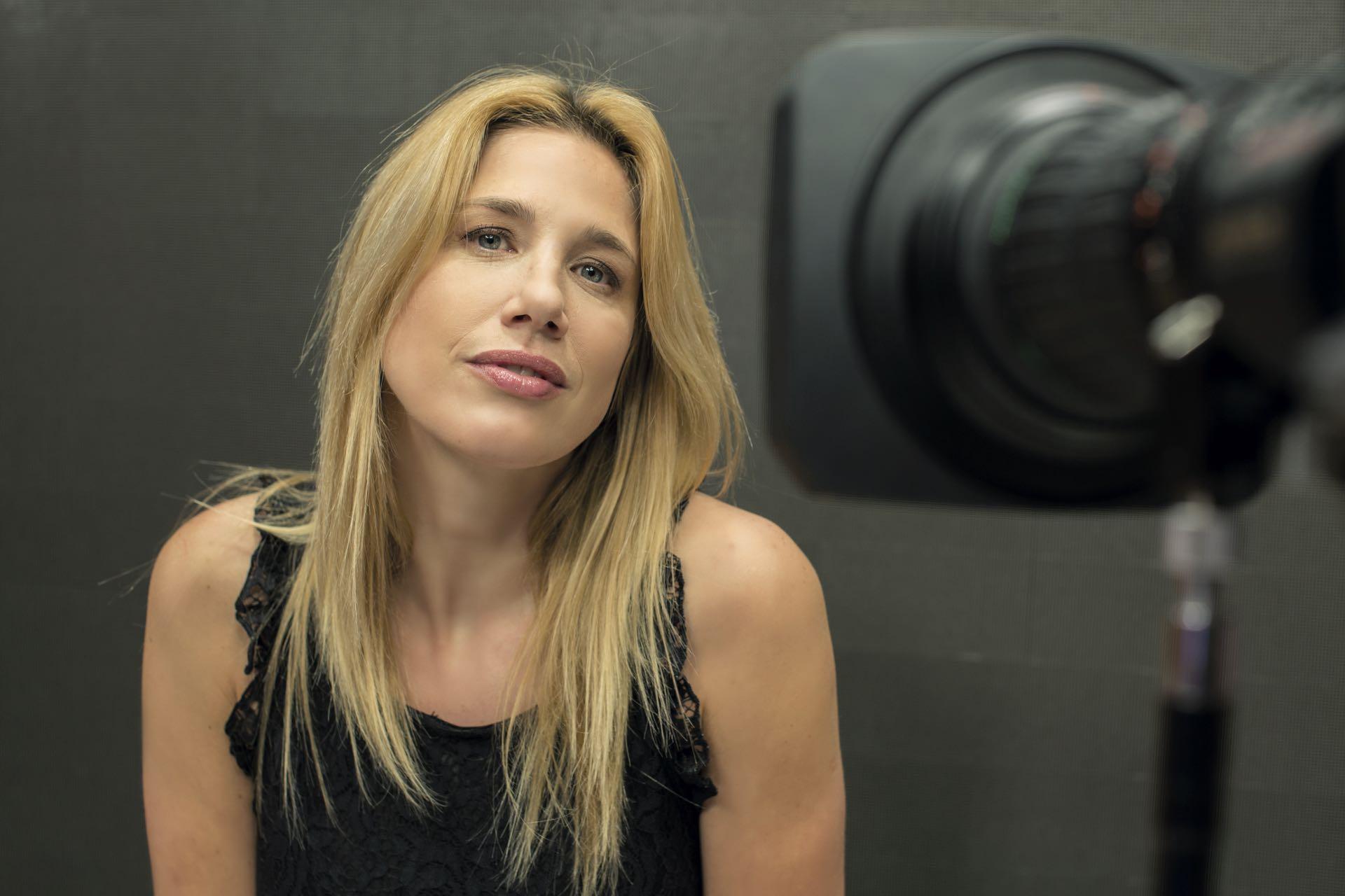 Alina Moine, locutora con orientación periodística