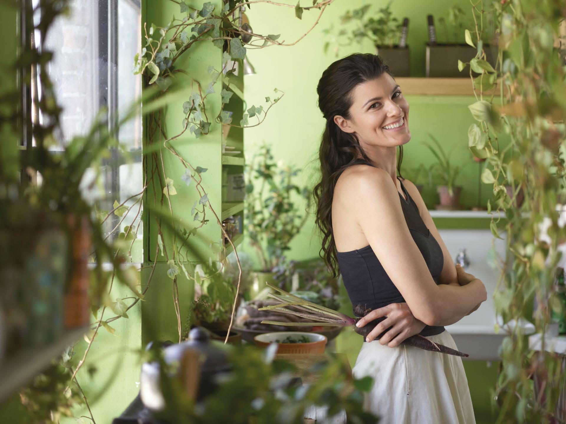 """""""Tengo plantas de todo el mundo. Es un desafío traer semillas y plantas del exterior porque hay leyes fitosanitarias que lo prohíben, pero me las arreglo para obtener especies interesantes de coleccionistas, productores y jardineros""""."""