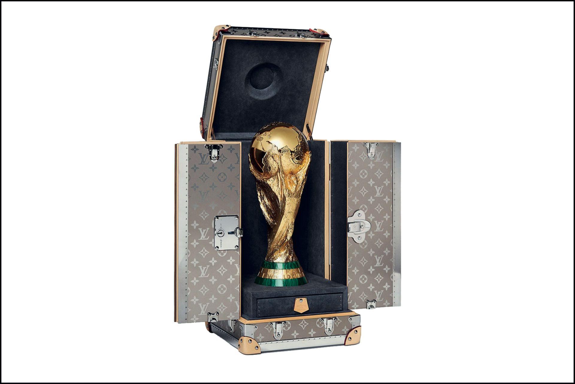 El cofre soñado by Louis Vuitton. Guardián de la Copa del Mundo.