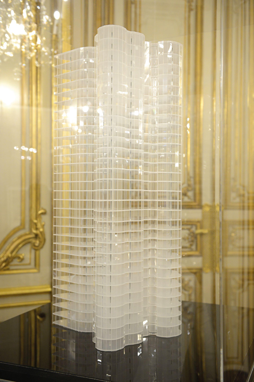 Maqueta de un diseño de hierro y vidrio de Mies van der Rohe
