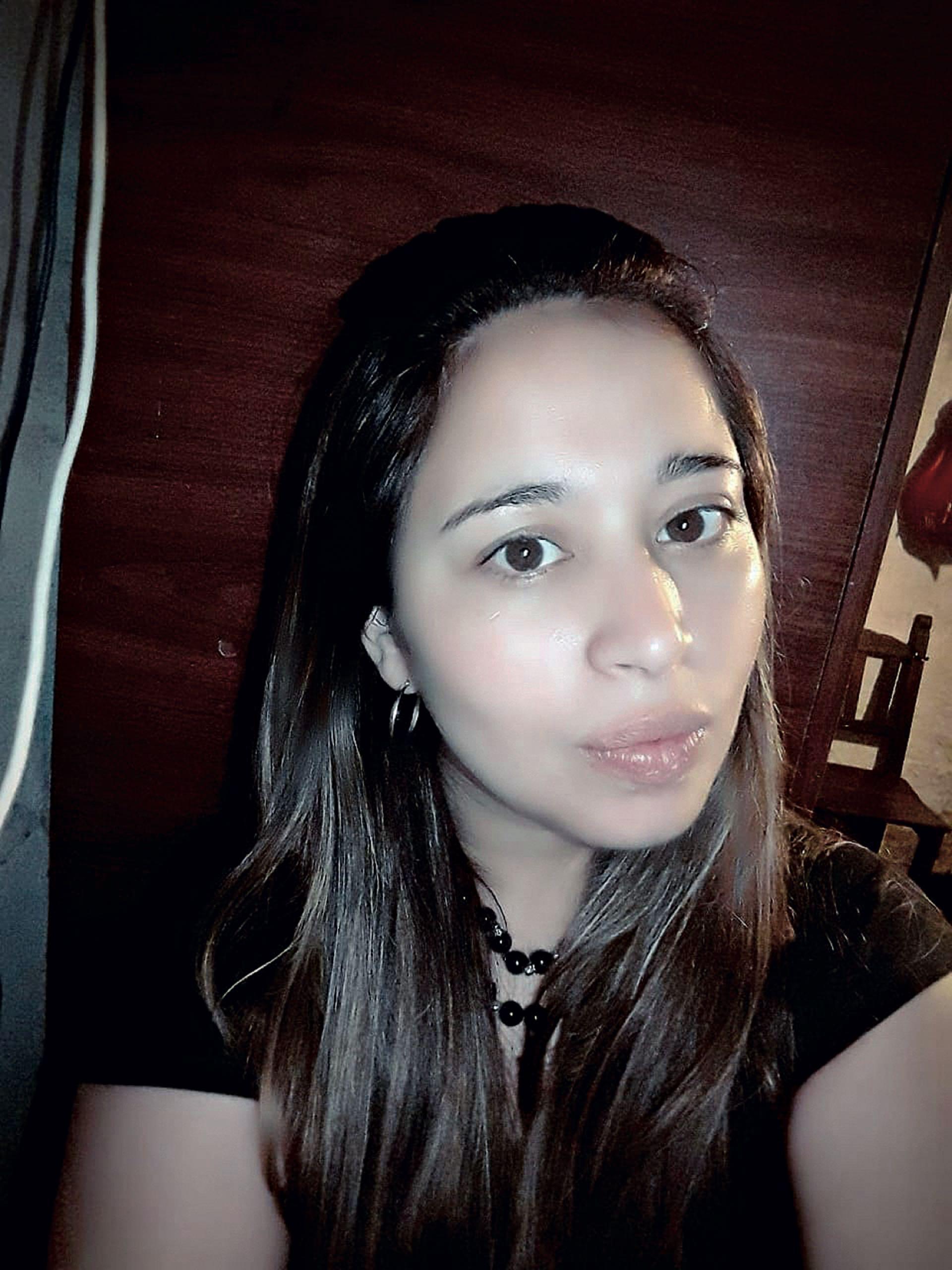 """""""Cuando surgió la complicación en la primera operación, Donati tendría que haberla derivado de inmediato a terapia intensiva"""", dice Alejandra, hermana de Romina."""
