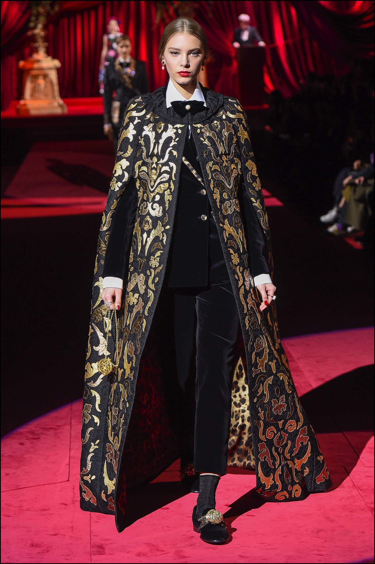 DÈfilÈ de mode Dolce & Gabbana lors de la fashion week automne/Hiver 2019/2020 ‡ Milan, le 24 fÈvrier 2019 Dolce & Gabbana show at Milan Fashion Week Autumn/Winter 2019/20 on February 20, 2019 in Milan, Italy.