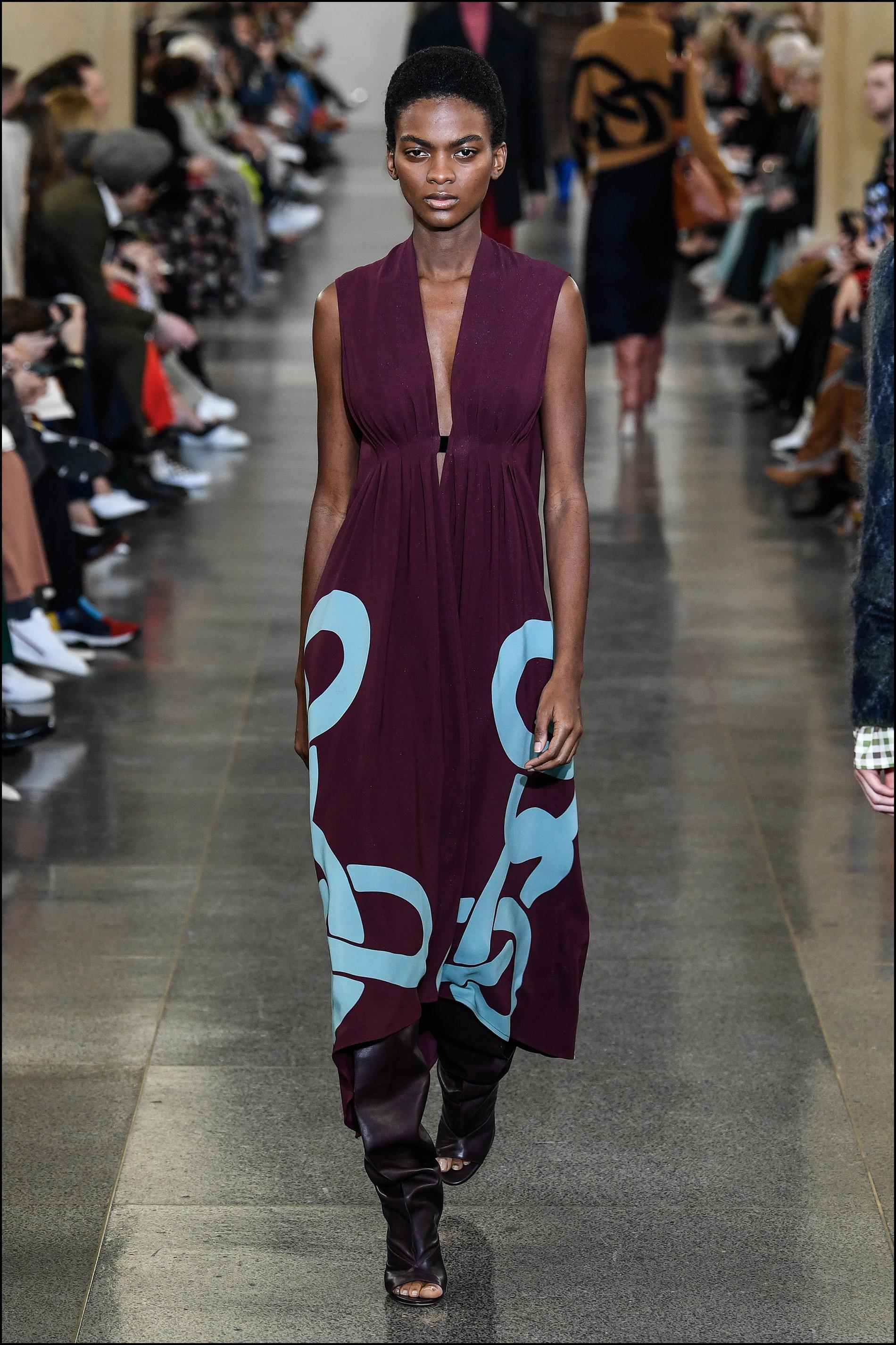 """DÈfilÈ de mode prÍt-‡-porter automne-hiver 2019/2020 """"Victoria Beckham"""" lors de la London Fashion Week ‡ Londres le 17 FÈvrier 2019 ( Semaine de la mode) . ¿ l"""