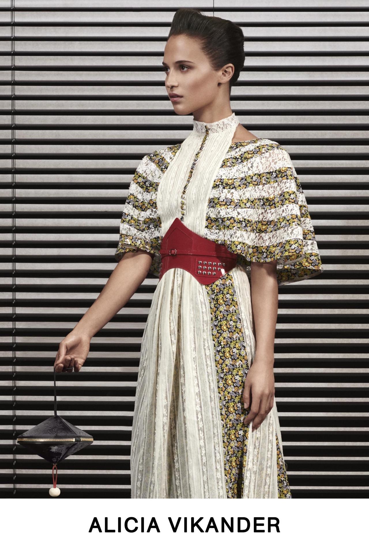 #PARA TI - LOOK BOOK VUITTON - Moda - ALICIA VIKANDER - GENTILEZA MARCA