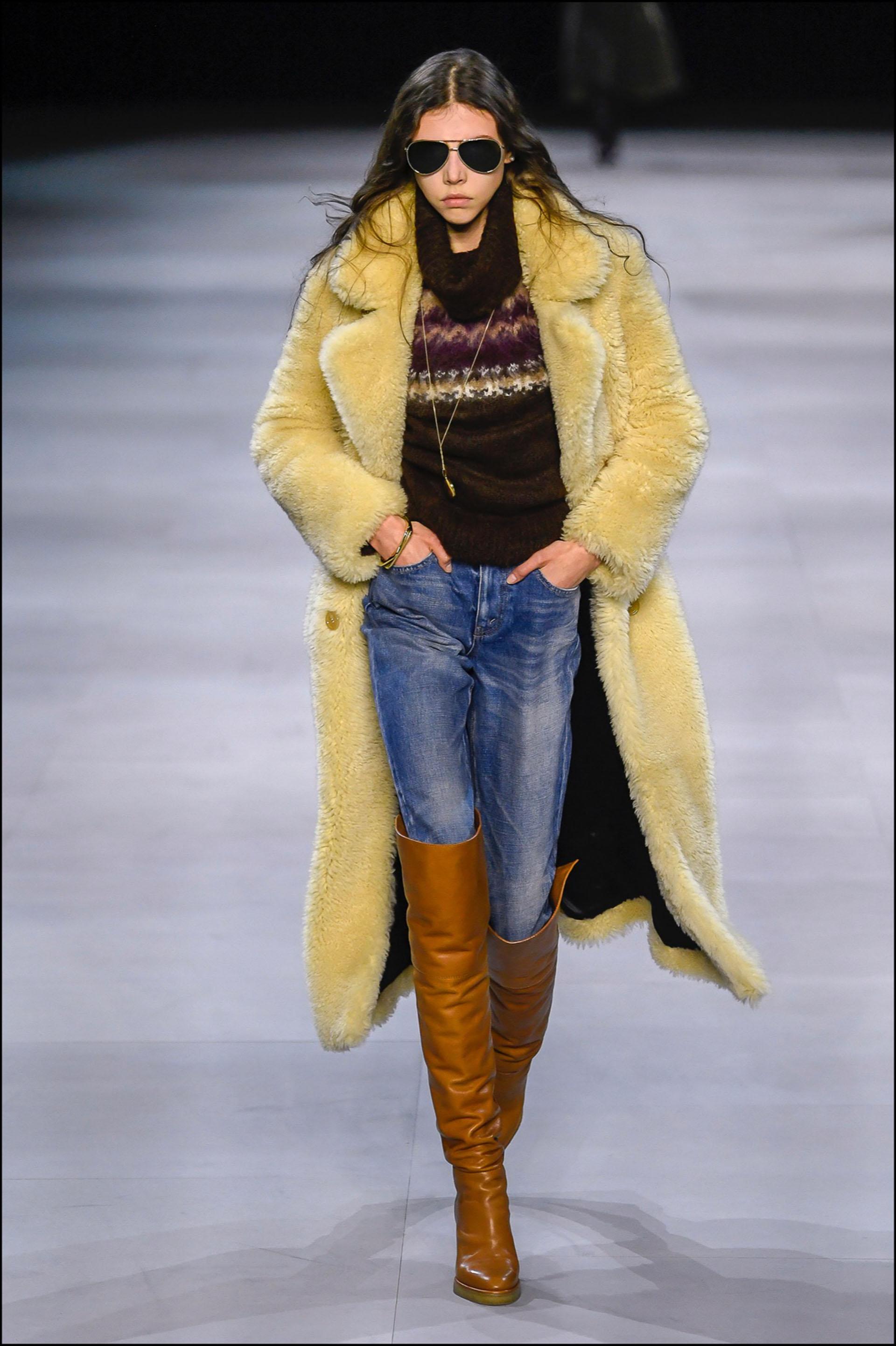Mannequin - DÈfilÈ de mode CÈline collection prÍt-‡-porter Automne-Hiver 2019/2020 lors de la fashion week ‡ Paris, le 1er mars 2019. Celine fashion show ready-to-wear Fall-Winter 2019/2020 during the fashion week in Paris, France, on March 1st 2019.