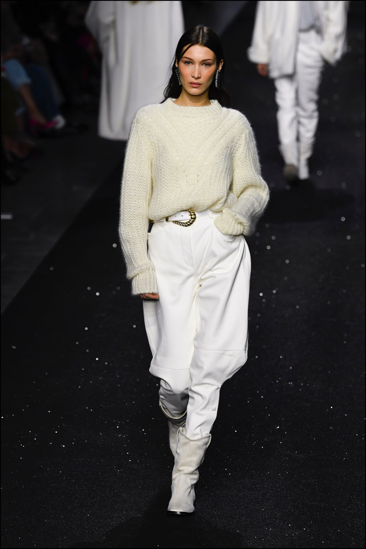 "Bella Hadid - DÈfilÈ de mode ""Alberta Ferretti"" PAP automne-hiver 2019/2020 lors de la fashion week de Milan. Le 20 fÈvrier 2019 Alberta Ferretti fashion show F/W 2019/2020 in Milan. On february 20th 2019"