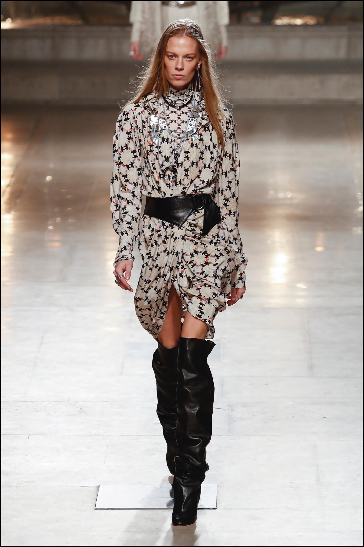 Mannequin - DÈfilÈ de mode Isabel Marant collection prÍt-‡-porter Automne-Hiver 2019/2020 lors de la fashion week ‡ Paris, le 28 fÈvrier 2019. Isabel Marant fashion show ready-to-wear Fall-Winter 2019/2020 during the fashion week in Paris, France, on February 28th 2019.