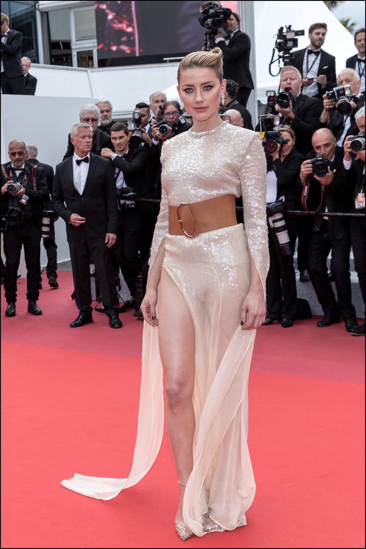 """Amber Heard - MontÈe des marches du film """"Les MisÈrables"""" lors du 72Ëme Festival International du Film de Cannes. Le 15 mai 2019 --- Red carpet for the movie """"Les Miserables"""" during the 72th Cannes International Film festival. On may 15th 2019"""