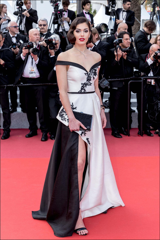 """Lison di Martino - MontÈe des marches du film """"Les MisÈrables"""" lors du 72Ëme Festival International du Film de Cannes. Le 15 mai 2019 --- Red carpet for the movie """"Les Miserables"""" during the 72th Cannes International Film festival. On may 15th 2019"""