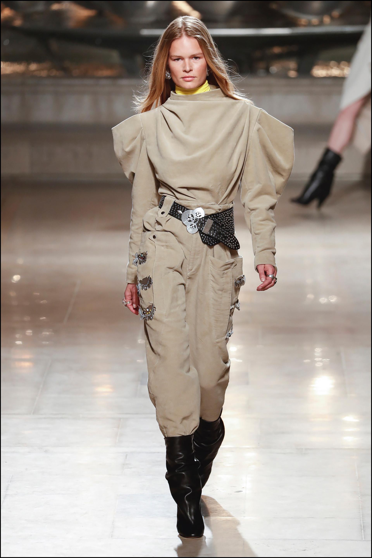 Anna Ewers - DÈfilÈ de mode Isabel Marant collection prÍt-‡-porter Automne-Hiver 2019/2020 lors de la fashion week ‡ Paris, le 28 fÈvrier 2019. Isabel Marant fashion show ready-to-wear Fall-Winter 2019/2020 during the fashion week in Paris, France, on February 28th 2019.