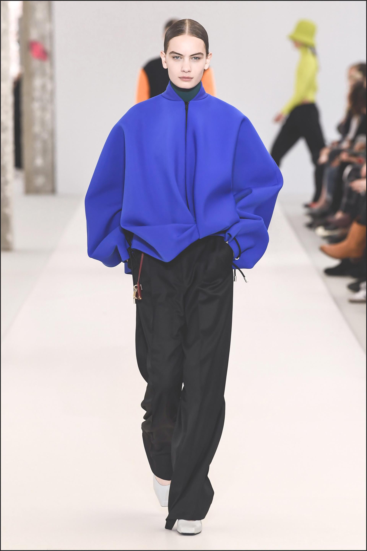 Mannequin - DÈfilÈ de mode Nina Ricci collection prÍt-‡-porter Automne-Hiver 2019/2020 lors de la fashion week ‡ Paris, le 1er mars 2019. Nina Ricci fashion show ready-to-wear Fall-Winter 2019/2020 during the fashion week in Paris, France, on March 1st 2019.