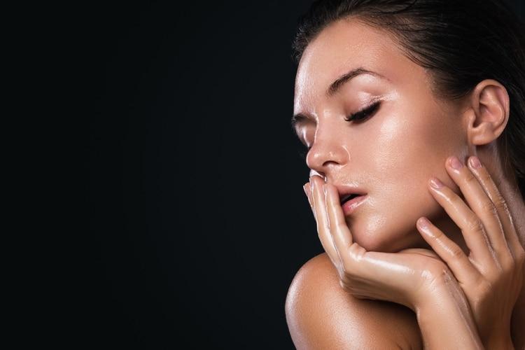 El make up yoga skin simula el efecto en la piel después de una rutina de ejercicio.