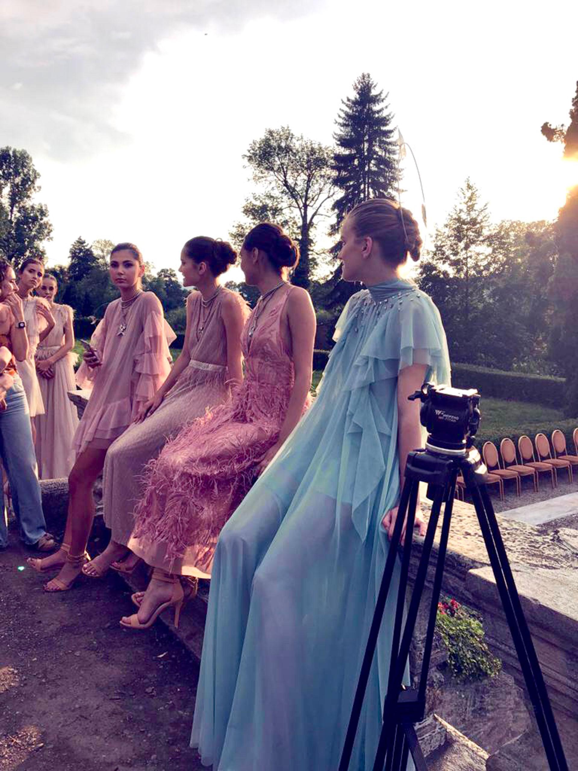 El desfile de Carregal fue en la Feeric Fashion Week, en la ciudad de Sibiu , Rumania.