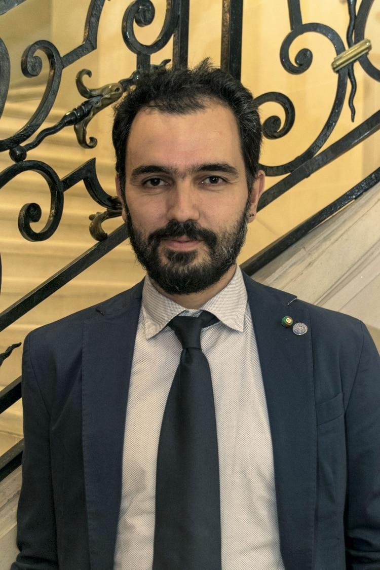 El profesor Daniele DelRio vino a la Argentina apresentar su investigaciónsobre el impacto de laalimentación en diferentespoblaciones y las ventajas de la dieta mediterránea.