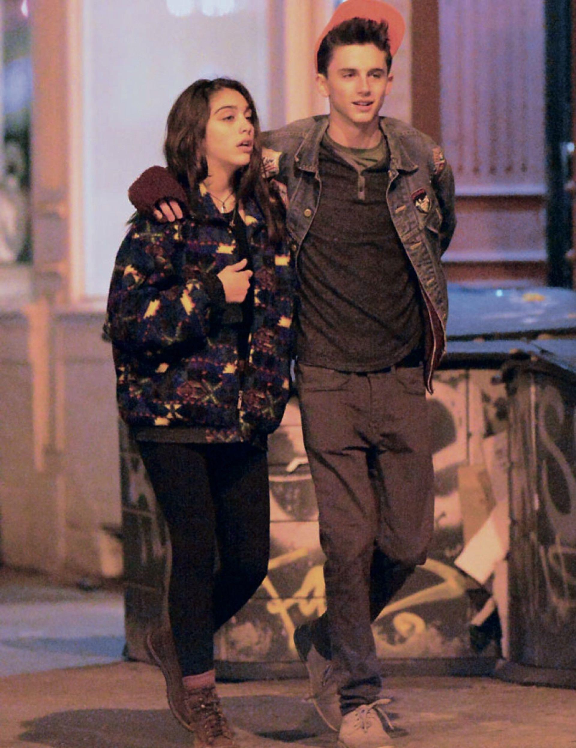 Hace varios años, Timothée junto a Lourdes León, quienes tuvieron un breve romance.