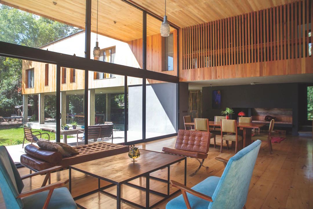 Una casa con la madera como gran protagonista