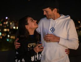 INSTAGRAM CANCION MILA KUNIS ASHTON KUTCHER PAREJA